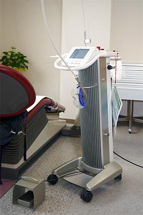 武石歯科医院CO2レーザー画像